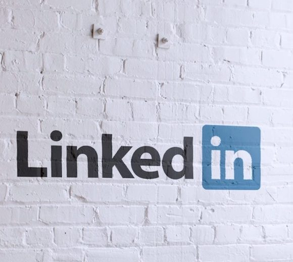 如何用 LinkedIn 打開國際職場大門,經營技巧其實並不費力!